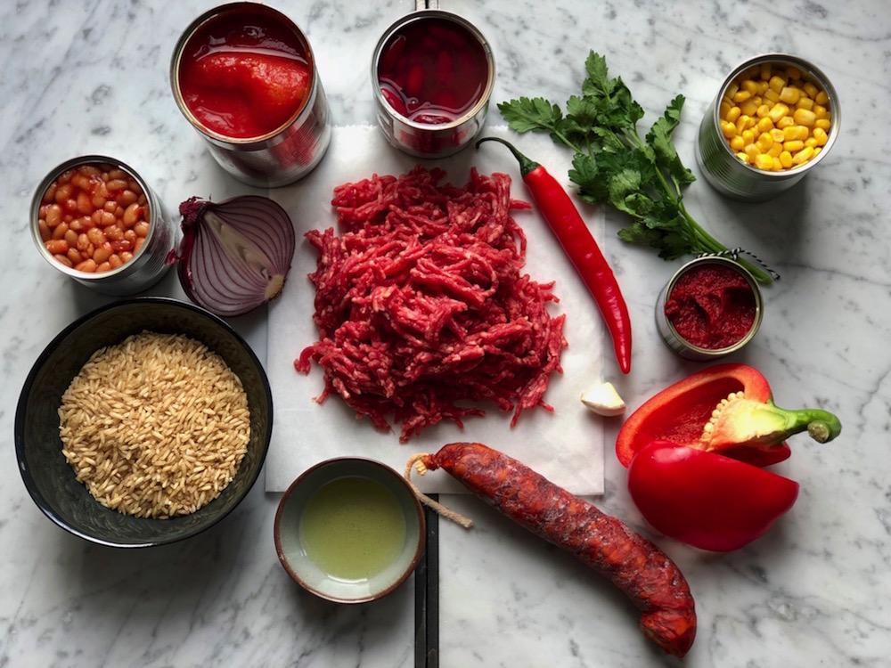 Ingrediënten chili con carne rijst