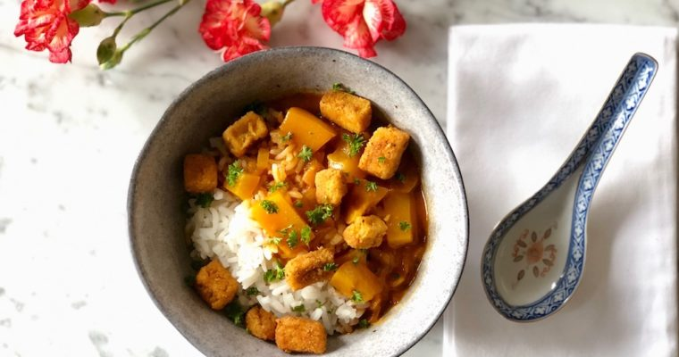 Curry met krokante tofu