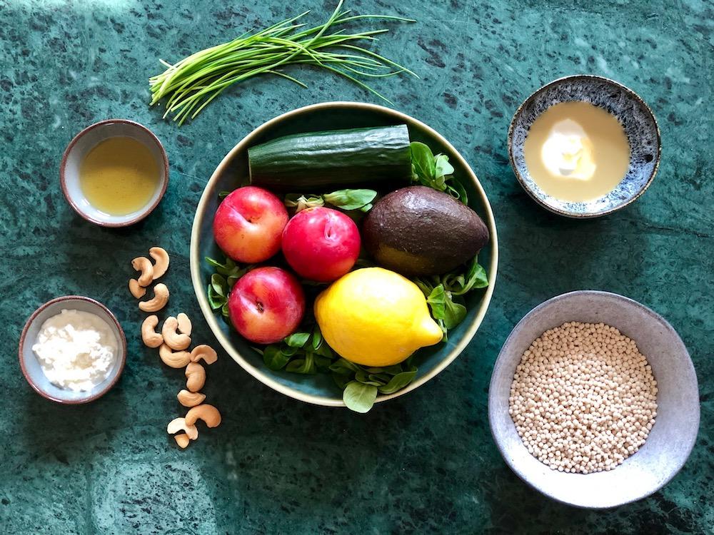 Ingrediënten parelcouscous salade pruim